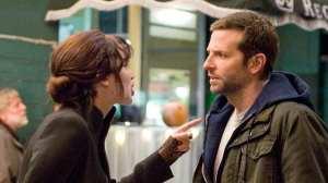 Jennifer Lawrence e Bradley Cooper in una scena de Il lato positivo