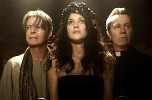 David Bowie, Marion Cotillard e Gary Oldman in un'immagine di The Next Day