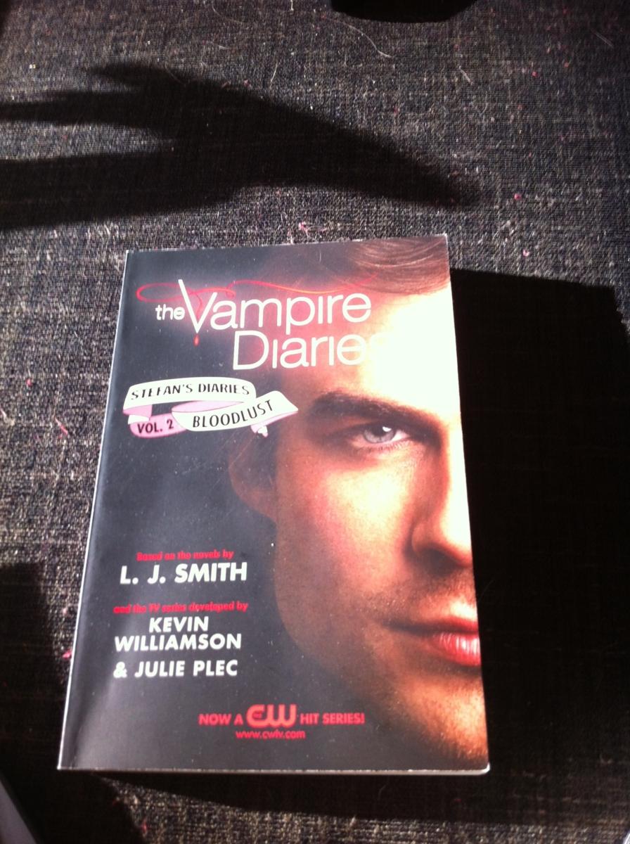 Dating en vampyr Damon Online dejtingsajt för militär