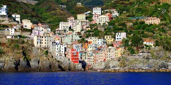 Village Cinque Terre bateau (1)