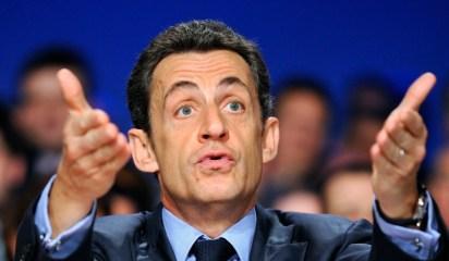 Nicolas-Sarkozy-gestuel-10001