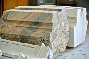 Pezzi di marmo di Candoglia in lavorazione