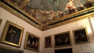 Bologna, Palazzo Pepoli Campogrande, Sala delle Stagioni con quadri del Seicento