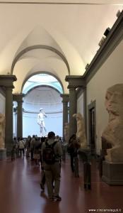 Galleria dell'Accademia, Firenze, il salone con il David di Michelangelo