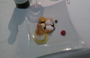 Ristorante Casa Artusi, zuppetta di frutti di bosco con raviolini caldi e sorbetto al limone