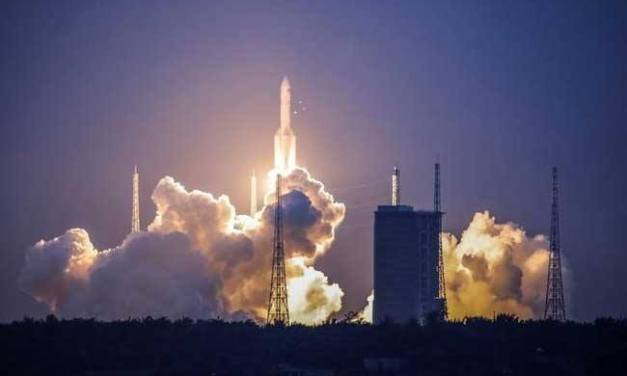 China's Long March 5 -Y2 failed during flight.