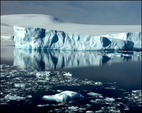 Massive Antarctic Icebergs Heading To New Zealand