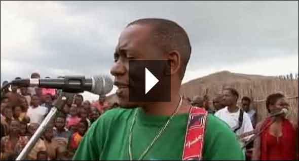 Mozambique Guitar Hero Feliciano dos Santos PBS Frontline Ned Breslin WASH ESTAMOS