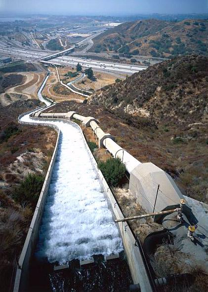 LA_aqueduct_218210cr