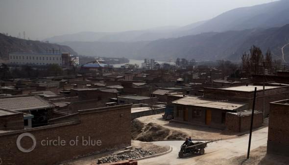 cancer village china water pollution contamination yellow river Liang Jia Wang hospitalization life expectancy
