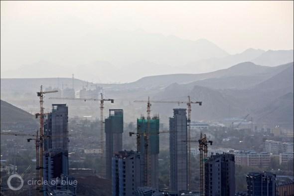 China Urumqi city desert northwest industrial demand electricity generation coal energy water Circle of Blue Wilson Center China Environment Forum J. Carl Ganter