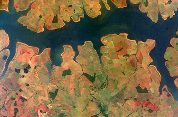 NASA Brazil agriculture soybeans corn Sao Simao Reservoir Rio Paranaiba Rio Verde food world food production
