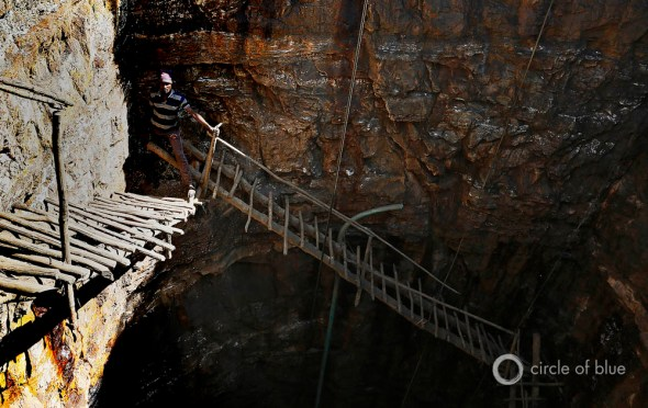 The Meghalaya box mine is a fiercesome sight. The sides of the mine, cut from limestone and sandstone, typically plunge 60 to 70 meters (197 to 230 feet) straight down to the coal seams at the black bottom.
