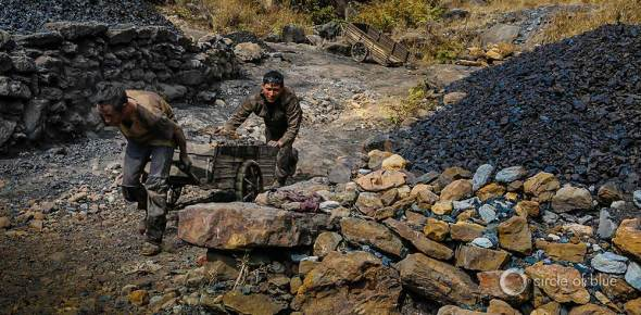 India pushes its coal mining sector to produce as much coal as it can. In Meghalaya, a two-man team takes three hours to fill a cart with coal valued at around $US 2.