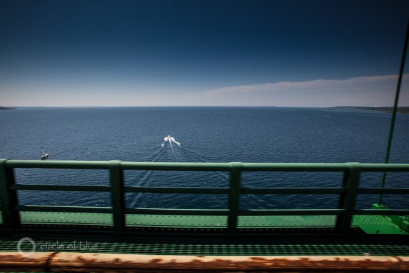Michigan Enbridge Line 5 Straits of Mackinac oil pipeline