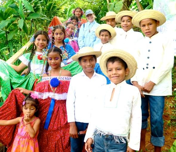 Panama Lago Alajuela Parque Nacional Chagres Ancha community