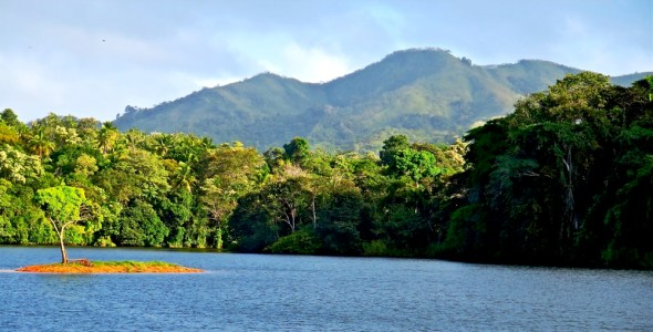 Panama Lago Alajuela Parque Nacional Chagres biodiversity