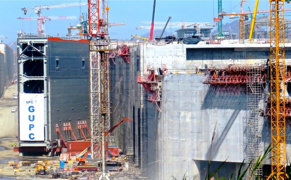 Panama Canal expansion infrastructure under construction shipping global trade Keith Schneider Circle of Blue