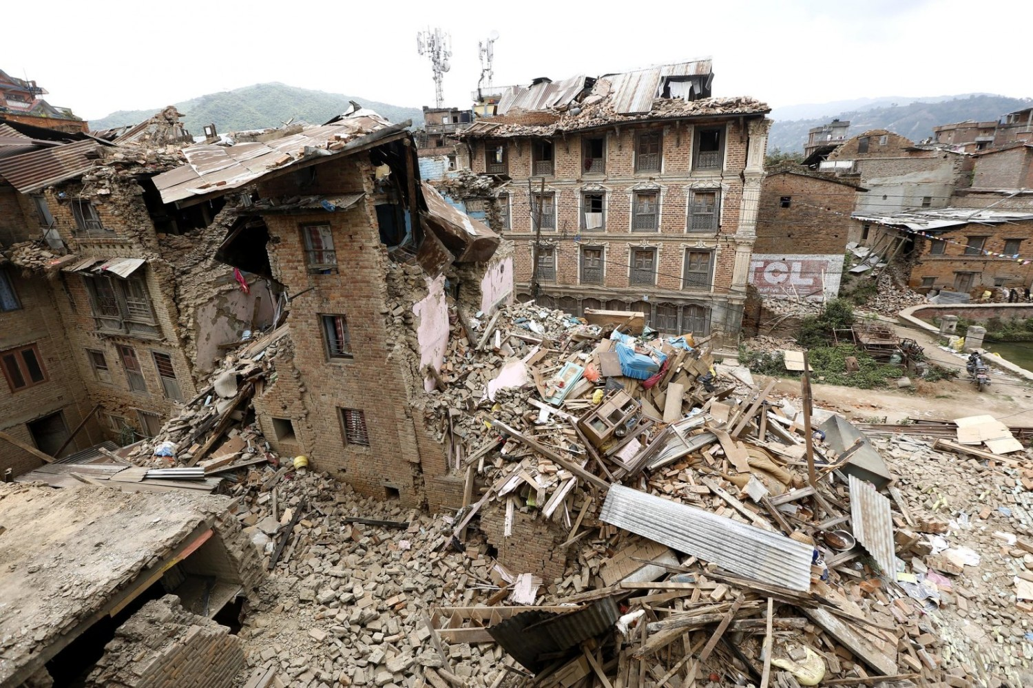 Nepal april 25 earthquake building collapse Kathmandu disaster