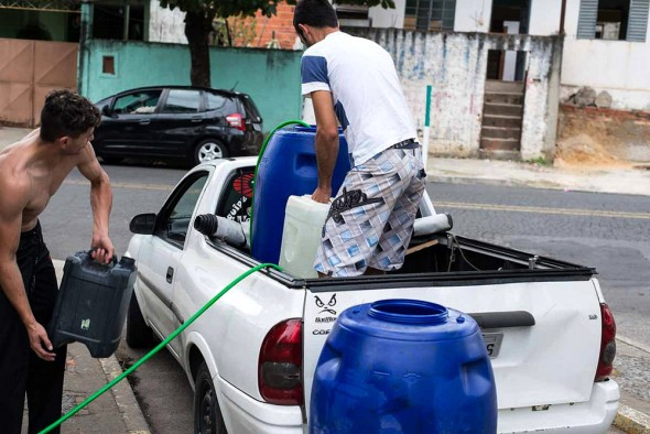Sao Paulo drought water rationing water truck Brazil