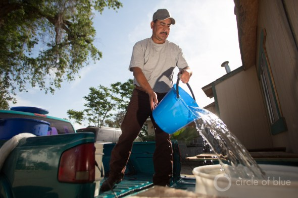 Vicente Tapia water truck California drought Central Valley Tulare County East Porterville dry well carrying water drinking water crisis J. Carl Ganter Circle of Blue