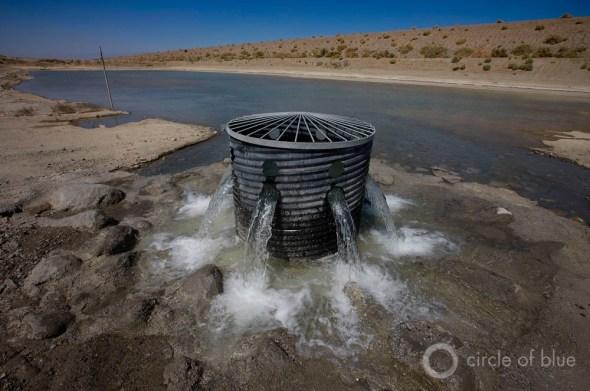 California Coachella Valley groundwater recharge basin aquifer