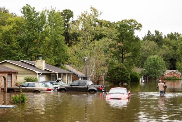 North Charleston South Carolina floods Hurricane Joaquin flooded street stormwater