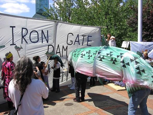 Klamath River Basin Oregon Portland Hydrovision 2006 salmon dam removal protest