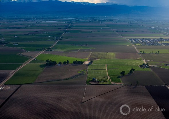 Weld County Colorado shale oil natural gas fracking water farming irrigation