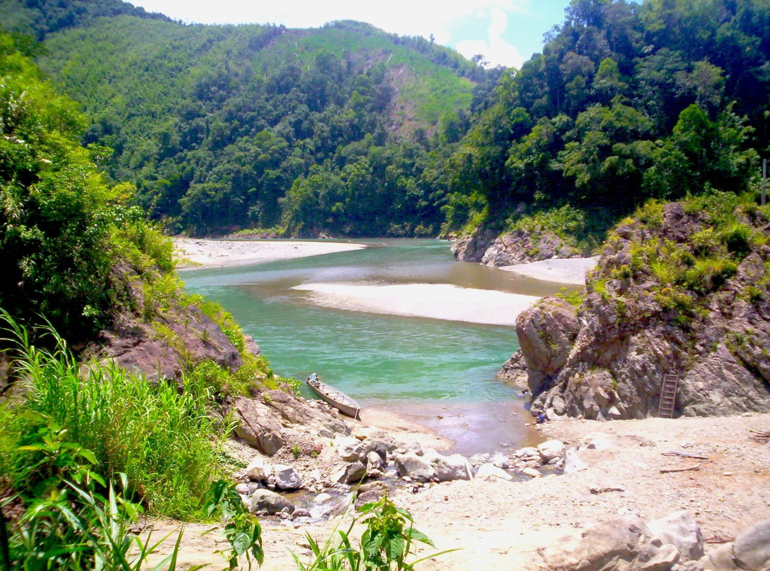 Philippines Environment Secretary Gina Lopez says that the safety of her country's watersheds and freshwater resources is a top priority. The Dibagat River is a prime example of the country's freshwater bounty. Photo courtesy of Creative Commons