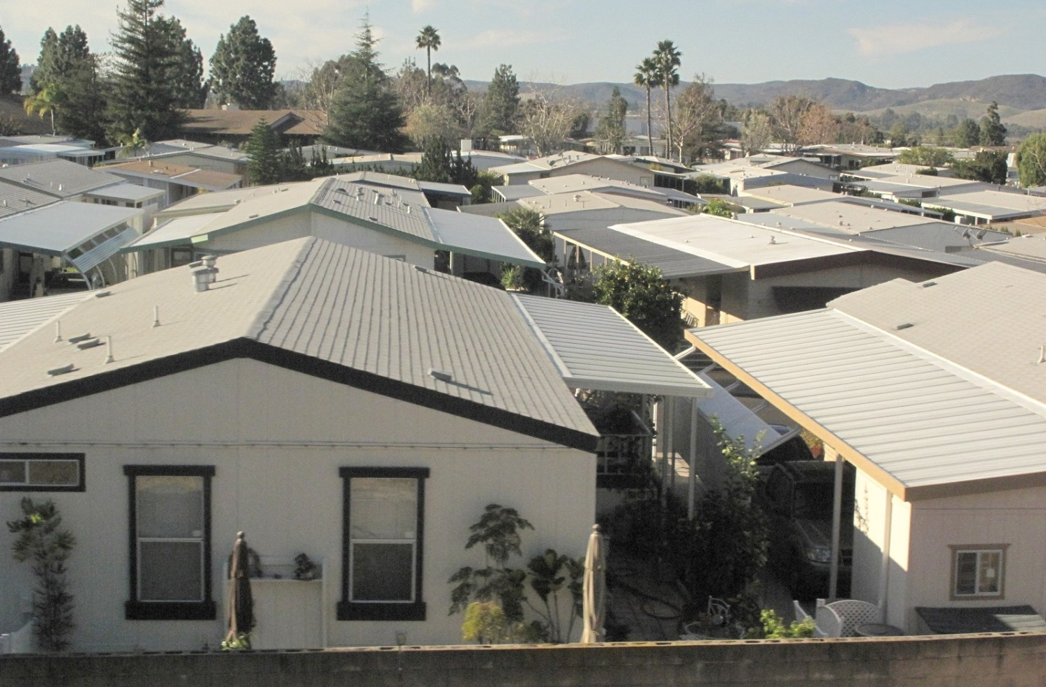 California mobile home park residents face barriers to for Orange mobel