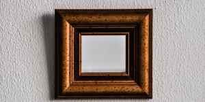 A small mirror.