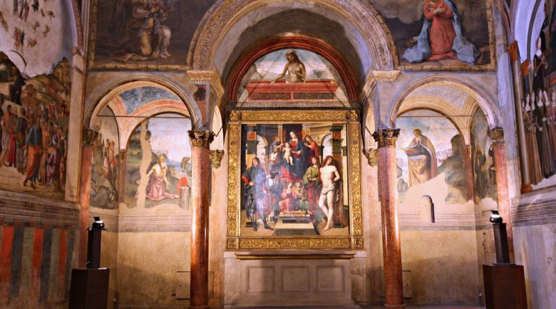 Visita guidata alla Basilica di San Giacomo, alla Cappella Bentivoglio e all'Oratorio di Santa Cecilia