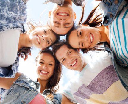 """Parte """"Noi con Voi YOUNG"""". Gruppo giovani per favorire  l'educazione civica e la crescita collettiva."""