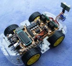 Auto intelligente / prevenzione degli ostacoli ad ultrasuoni / tracking / luce di ricerca / kit per auto telecomando / ZK-4WD
