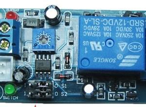 Sensore Umidità with Relè 24V