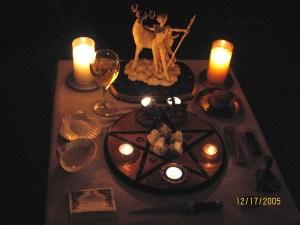 Altar Ejemplo Yule Básico