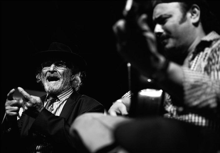 Foto de Antonio El Rubio en el Círculo Flamenco de Madrid, tomada por Rufo