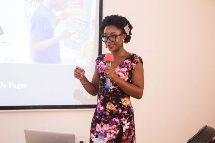 One Baobab's Naa Oyoo Quartey runs women entrepreneurs through a practical session on digital skills and social media tools at DGBizWomen training.