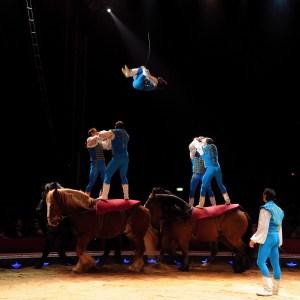 Les Richter acrobates à cheval - Encyclopédie duCirque