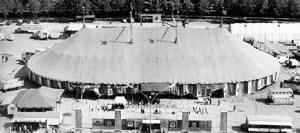 Americano, le chapiteau en 1966, cirque monumental
