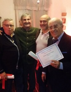 3 docteurs honoris causas circus parade - commentaire