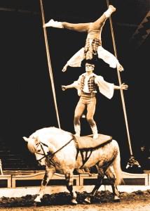Bela et Joseph Richter - acrobates à cheval