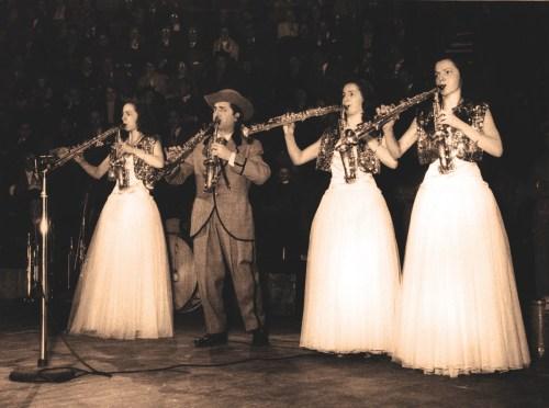 Little Walter Junior et ses filles à Medrano