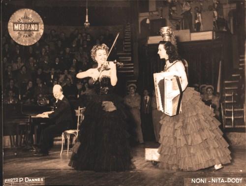 Noni avec Nita et Doddy - photo Pierre J. Dannès