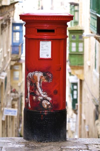 French graffiti in Valletta