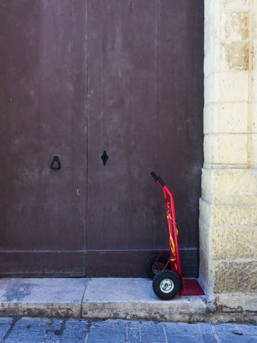 Colour contrast, Valletta