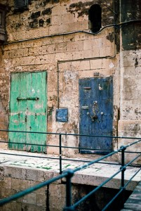 Valletta, Darkroom Malta, Agfa Vista, Pushed Film, Alan Falzon,35mm Film, Green and blue abandoned doors