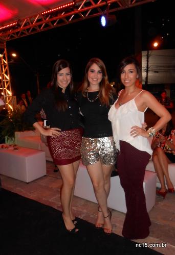 Para abrir nosso Top five com chave de ouro o trio de lindas blogueiras: Giovanna Zirpoli, Karine Filizola e Laurinha Marinho