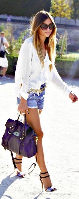 Shorts com camisa branca